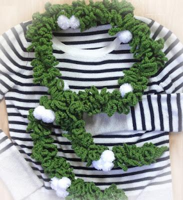 http://kbbcrafts.blogspot.com.es/2017/12/mistletoe-garland-scarf.html