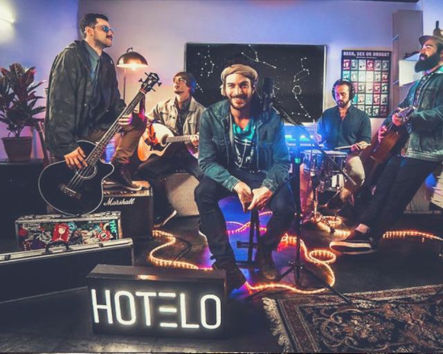 Banda Hotelo