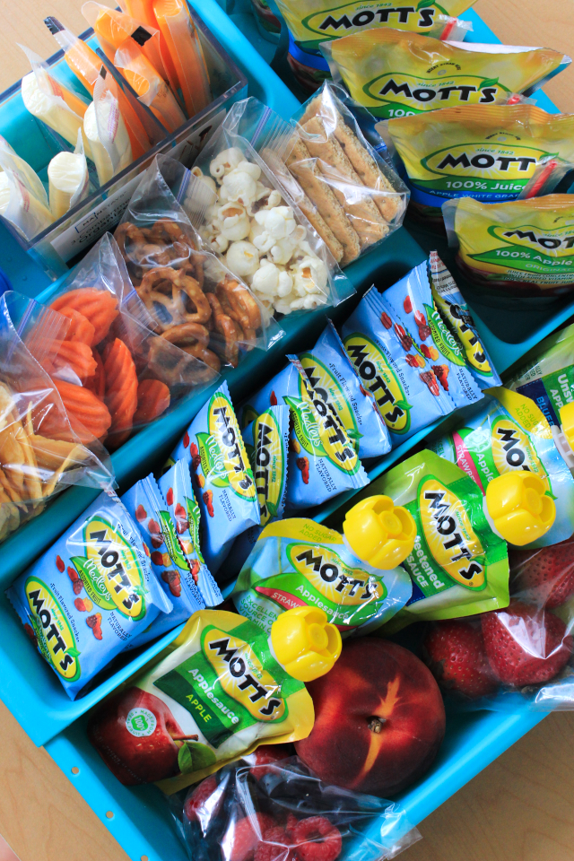Back to School Lunch Box Packing Station | The Two Bite Club Organized Refrigerator Healthy