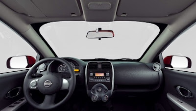 Interior del Nissan March