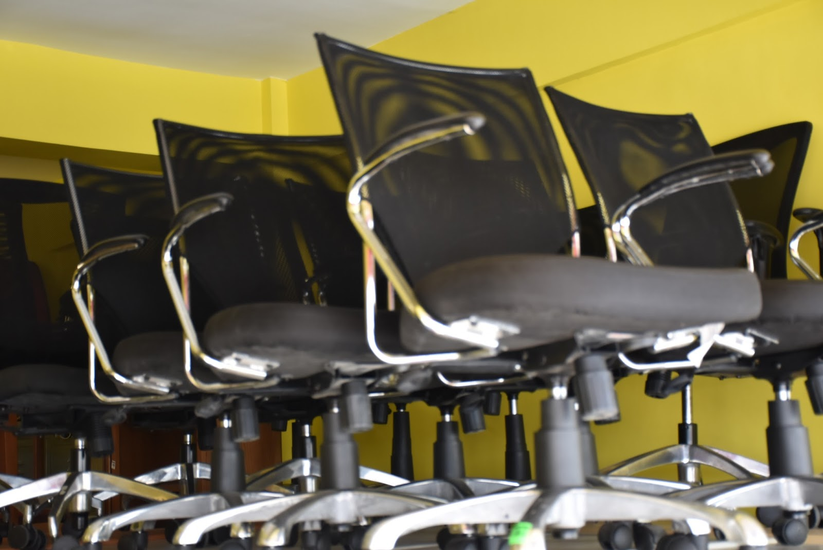 Premium Second Hand Office Furniture Supplier In Manila Megaoffice