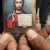 ΝΤΟΚΟΥΜΕΝΤΟ! Βρήκαν χριστιανικά φυλακτά πάνω του για αυτό λιντσάρισαν το ρώσο πιλότο! ΠΡΟΣΟΧΗ-ΣΚΛΗΡΕΣ ΕΙΚΟΝΕΣ! (ΦΩΤΟ&ΒΙΝΤΕΟ)