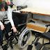 Secretaria distribui cadeiras de rodas a pacientes cadastrados