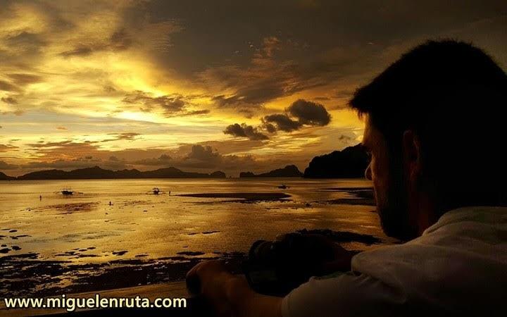 Mirando-puesta-de-sol-corong-corong-Filipinas