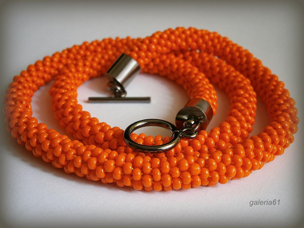sznur szydełkowo - koralikowy, naszyjnik i bransoletka