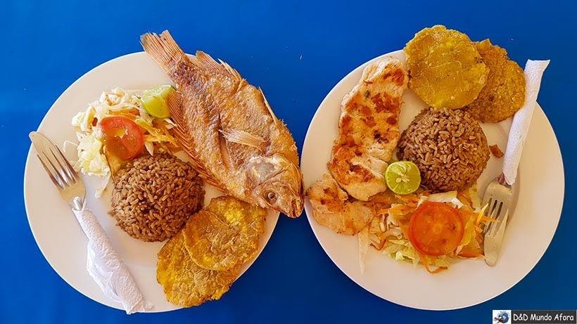 Comida inclusa no pacote para Playa Blanca: caribe colombiano em Cartagena