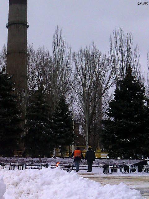 Вечный огонь и снег