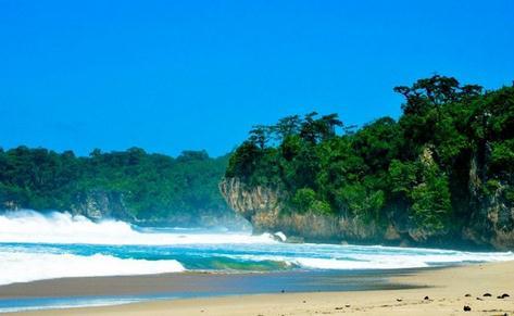 destinasi wisata pantai sawarna banten
