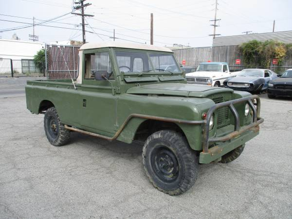 1974 Land Rover Safari Pickup Truck