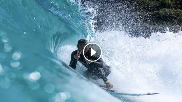 Owen Wright Jack Freestone Get Barrelled in the Wavegarden Cove