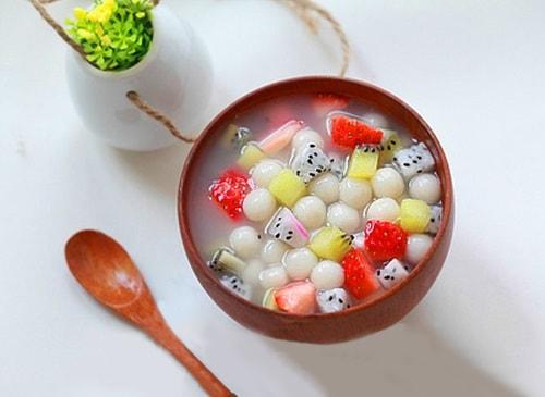 Hướng dẫn làm món chè hoa quả nhiều màu sắc