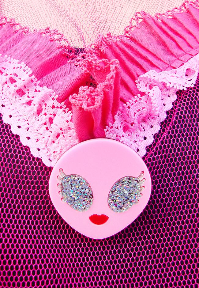 Baccurelli, alien brooch, acrylic jewellery