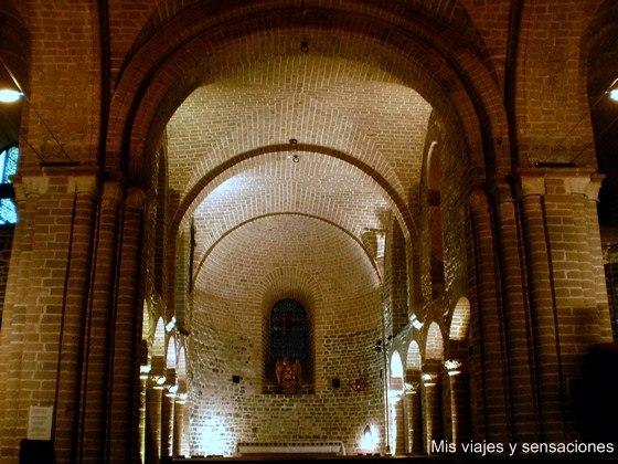 Capilla románica de San Basilio, Basilica de la Santa Sangre, Brujas, Bélgica