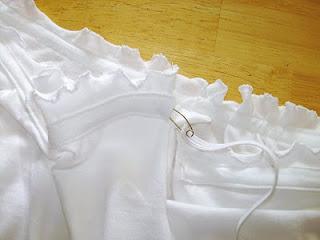 Faniladan Yakası Büzgülü Kurdeleli Bluz Yapımı