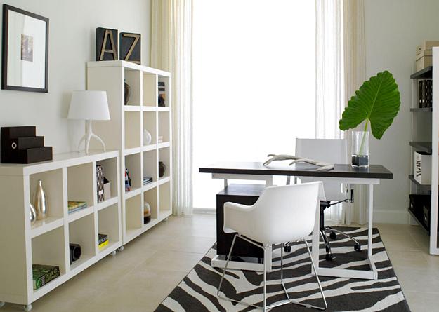 11 Desain Model Meja Kerja Minimalis Untuk Rumah dan Kantor Berukuran Kecil Modern