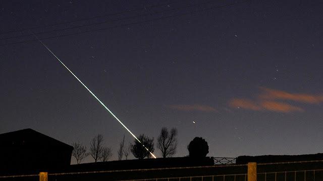 Un meteorito de 4.500 millones de años cae sobre el techo de una casa en Japón