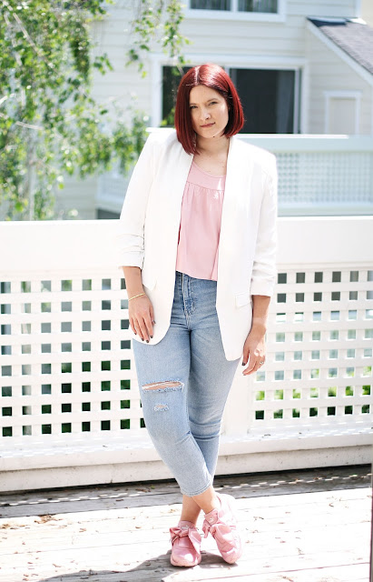 white tailored blazer, womenswear, spring fashion, affordable fashion, ripped jeans, fashion blogger