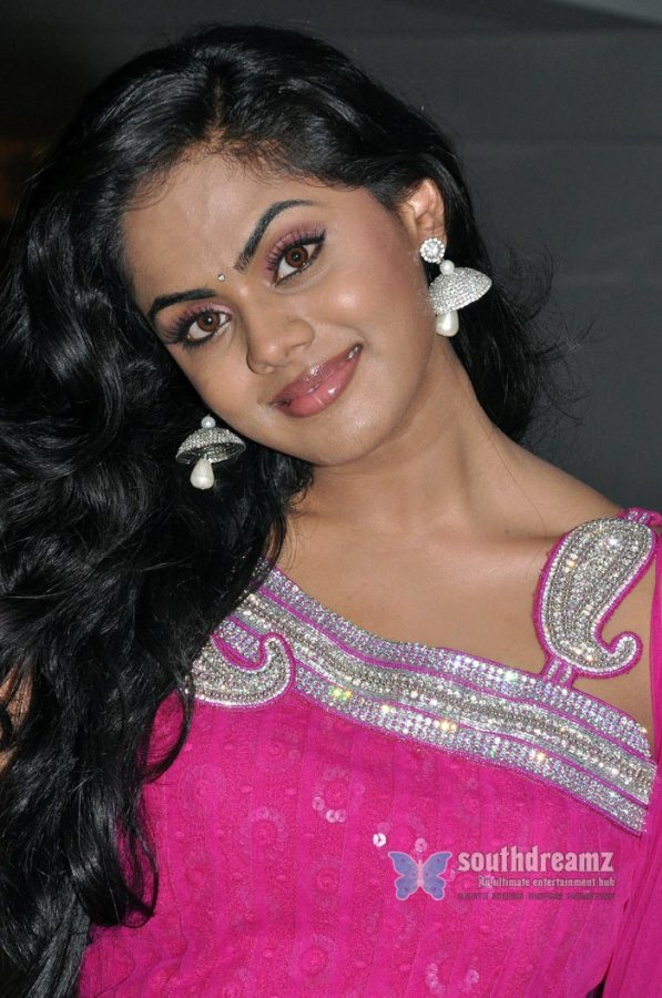 Karthika nair in ko movie 6