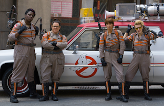 "Woman Ghostbusters Get Big PUBLIC RELATIONS Boost From Comedy Legend ""Hillary Clinton"""