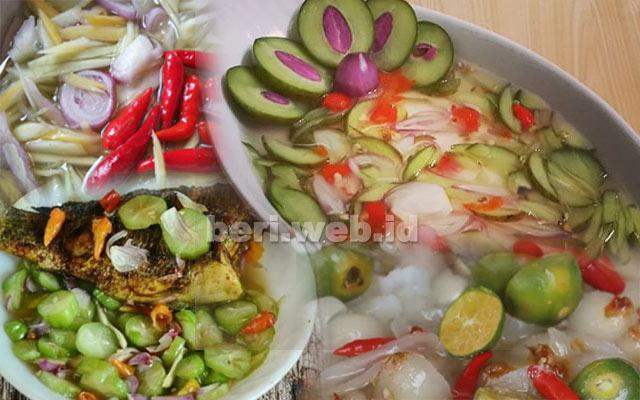 CITA RASA yang segar, sedikit asam, asin juga pedas, dan biasanya jadi pelengkap sempurna saat menyantap makanan. Itulah Cacapan enak Khas Kalimantan.