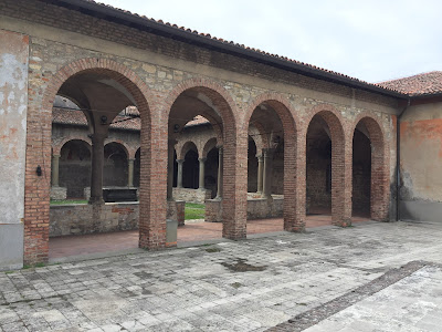 The third cloister at Convento di San Francesco, looking into second cloister called the Chiostro del Pozzo.