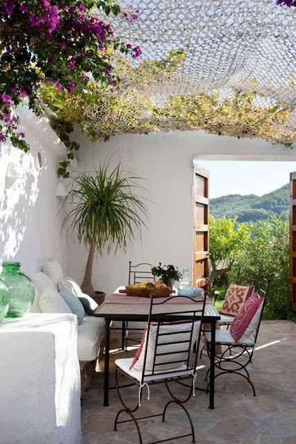 Ideas To Create a Mediterranean Terrace 3
