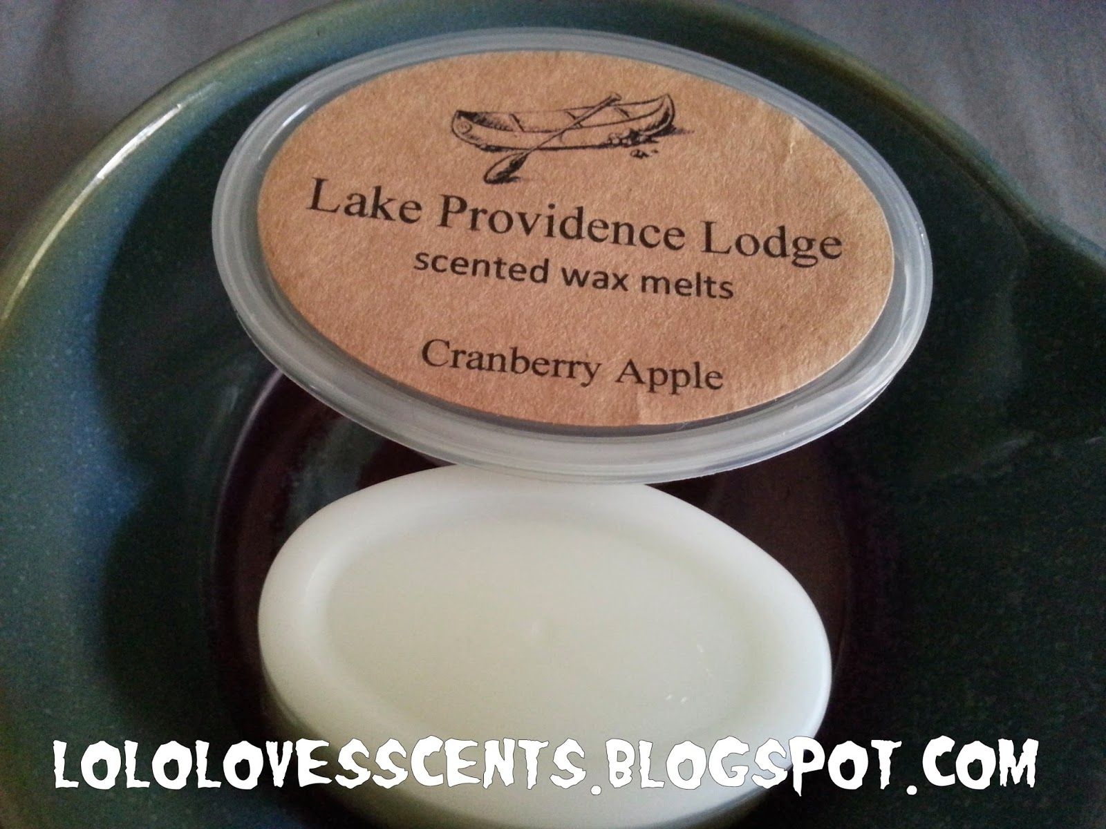 the scents of an apples In another episode of stop it tech, you're drunk, apple accessory company  twelve south has released a candle that smells like a freshly.