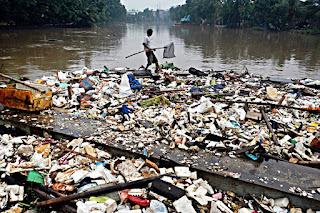 Kerusakan Lingkungan Hidup karena Faktor Manusia
