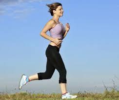 kata tersebut sering dilontarkan kebanyakan orang yang bau tanah ataupun yang masih muda sekalip 7 Manfaat Rutin Jalan Kaki untuk Kebugaran Tubuh