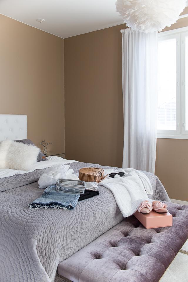 Villa H, pakkaaminen, makuuhuone, oma tyyli