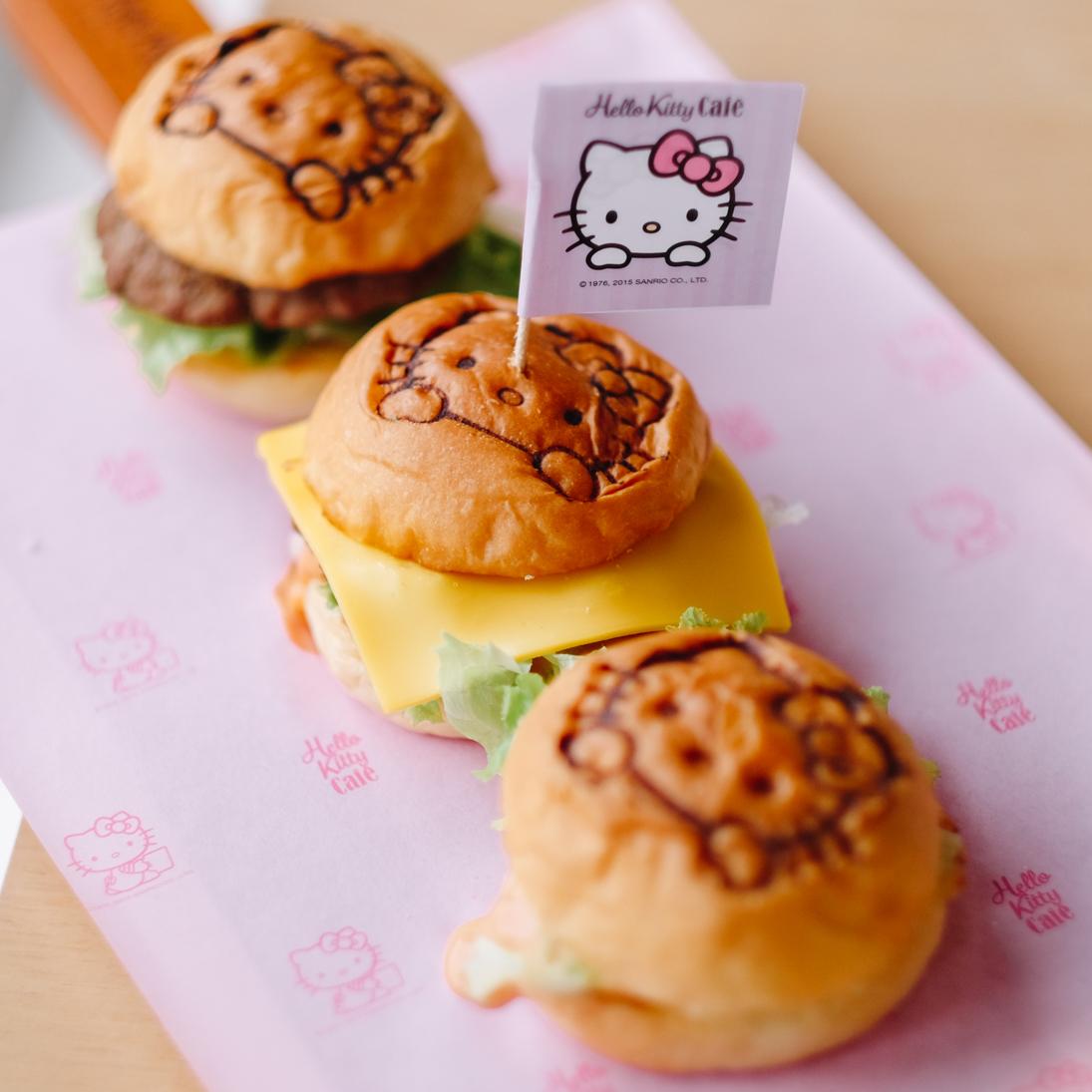 Hello kitty cafe pantai indah kapuk jakarta for Cuisine hello kitty