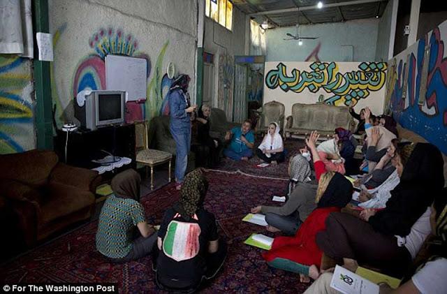 """Sisi Gelap Iran, Negeri """"Seribu"""" Narkoba dan Prostitusi"""