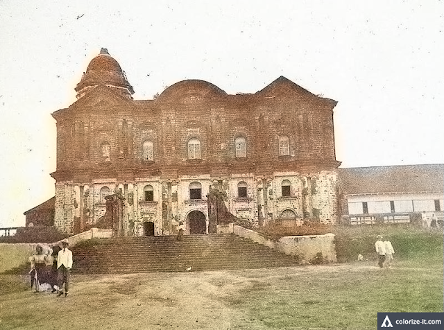 The Taal Basilica during the American Era.  Image source:  University of Michigan Digital Collection.  Colorized courtesy of Algorithmia.