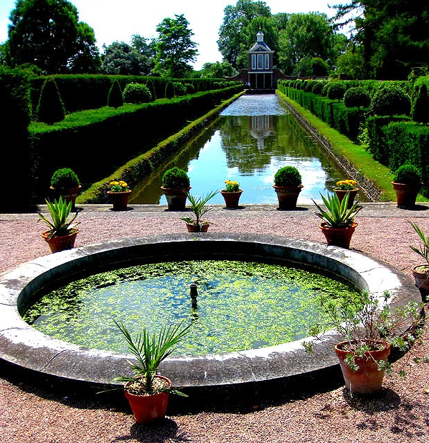 Westbury House: Loveisspeed.......: Old Westbury Gardens Is The Former