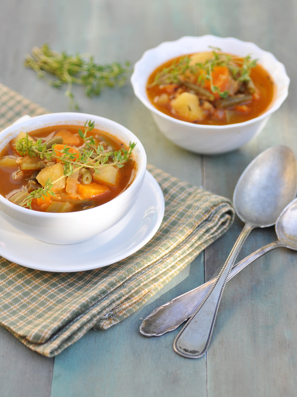Anja's Food 4 Thought: Hearty Vegetable Soup