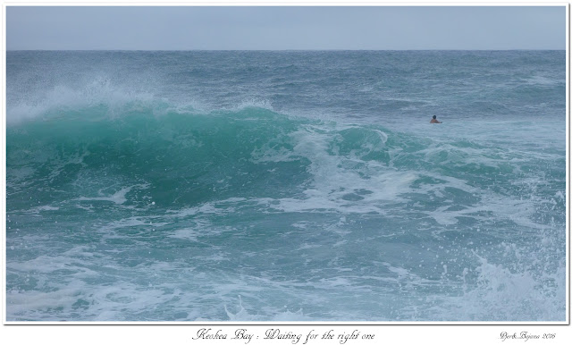 Keokea Bay: Waiting for the right one
