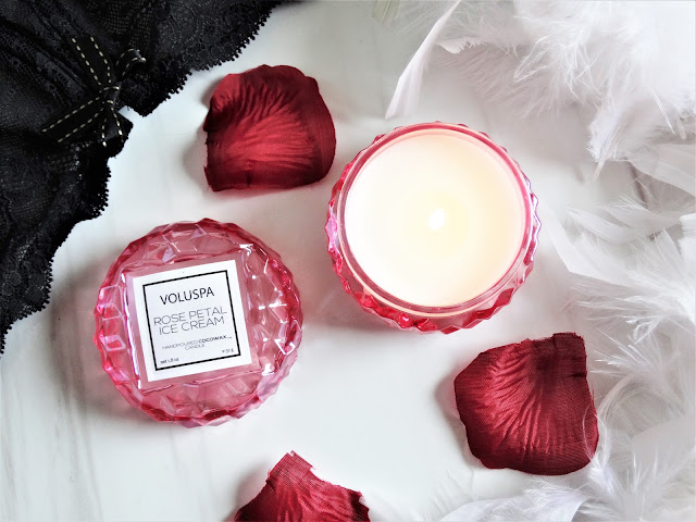 avis Rose Petal Ice Cream Voluspa, collection rose voluspa, bougie voluspa, acheter bougie voluspa, blog bougie, ma jolie bougie, candle review, bougie parfumee