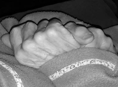 Marieta Pancheva, libros, manos, soledad, abuela