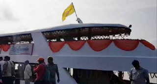 visit-varanasi-ghat-by-cruise