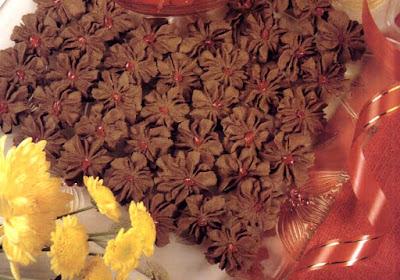 Cara Membuat Kue Kembang Cokelat Renyah