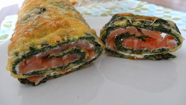 Lachs-Spinat-Rolle mit Frischkäse