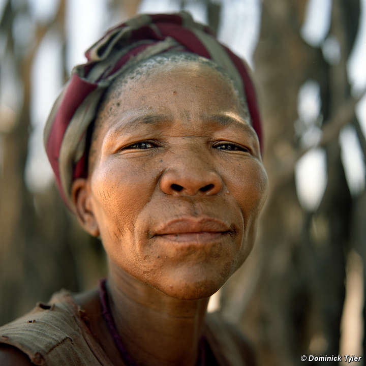 the critical view of the naming of bushman Sān or saan peoples (also, sākhoen, sonqua, and in afrikaans: boesmans, or in english: bushmen, after dutch boschjesmens and saake in the nǁng language.