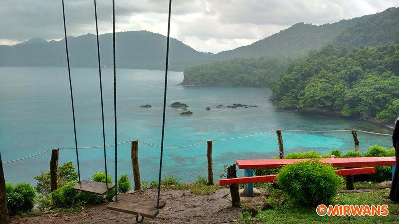 Pantai Gua Sarang