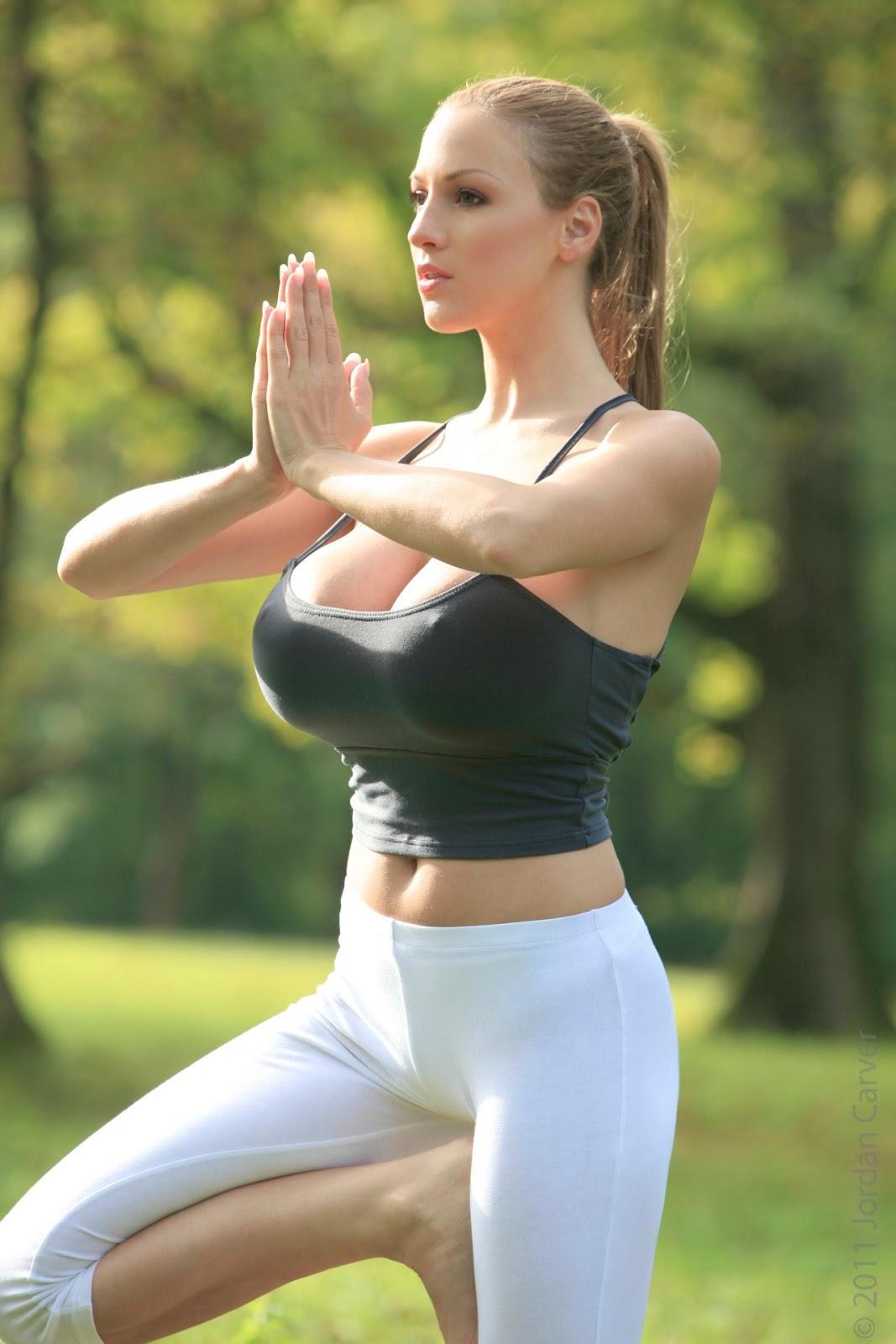 Yoga Cirls Foto Pussy 39