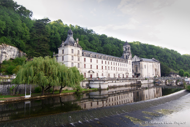 Abadía de Brantôme - Dordoña Perigord por El Guisante Verde Project