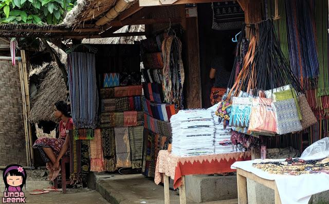 Lindaleenk-oleh-oleh-Desa-Sade-Lombok