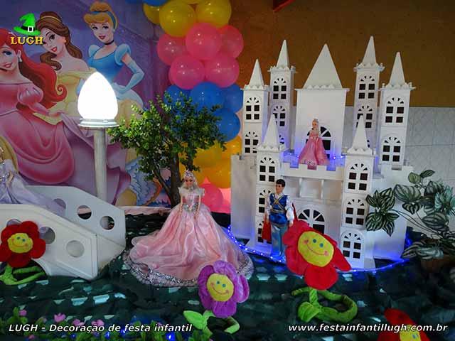 Mesa de festa tema Princesas - Decoração infantil Disney