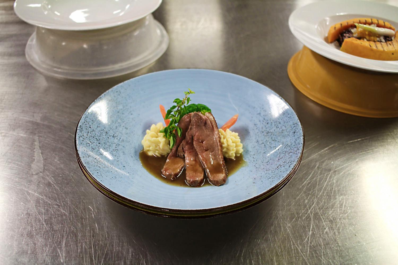 Tägliches Testessen in der Bordküche an Bord der Mein Schiff 5 von Tui Cruises | Arthurs Tochter kocht. Der Blog für Food, Wine, Travel & Love von Astrid Paul