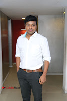 Kollywood Celebrities Pos at Inayathalam Premiere Show .COM 0029.jpg