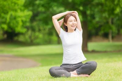 8 Manfaat Latihan Yoga Untuk Kesehatan Anda